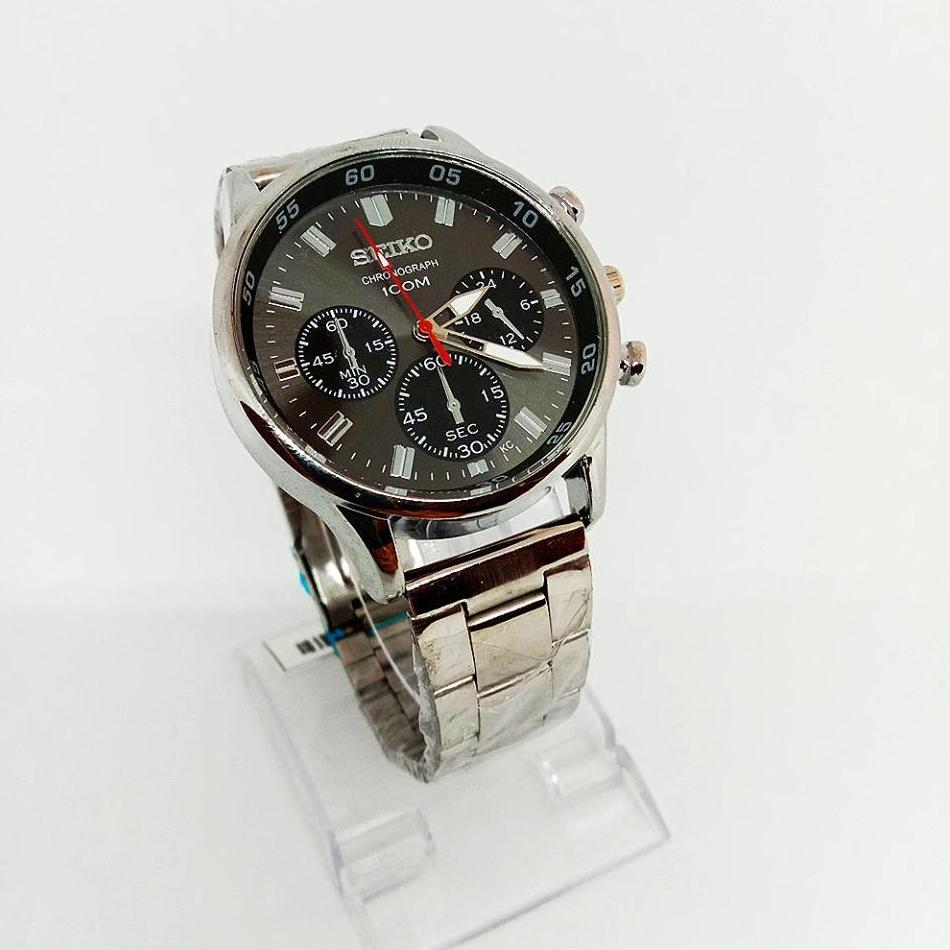 Seiko Black Dail Stainless Steel for Men`s Watch (Silver)