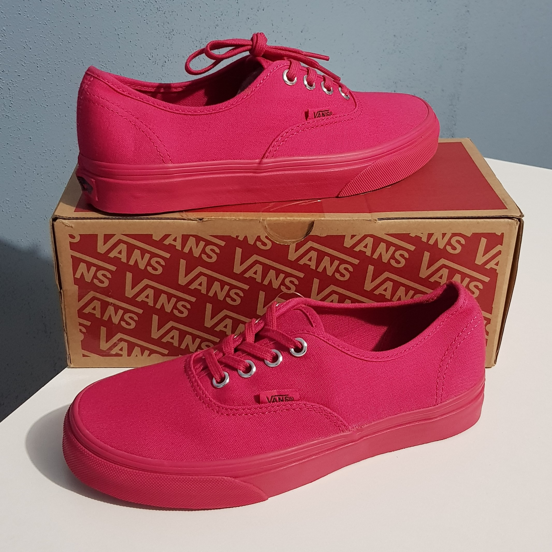 VANS Mono Women's Shoes / Red
