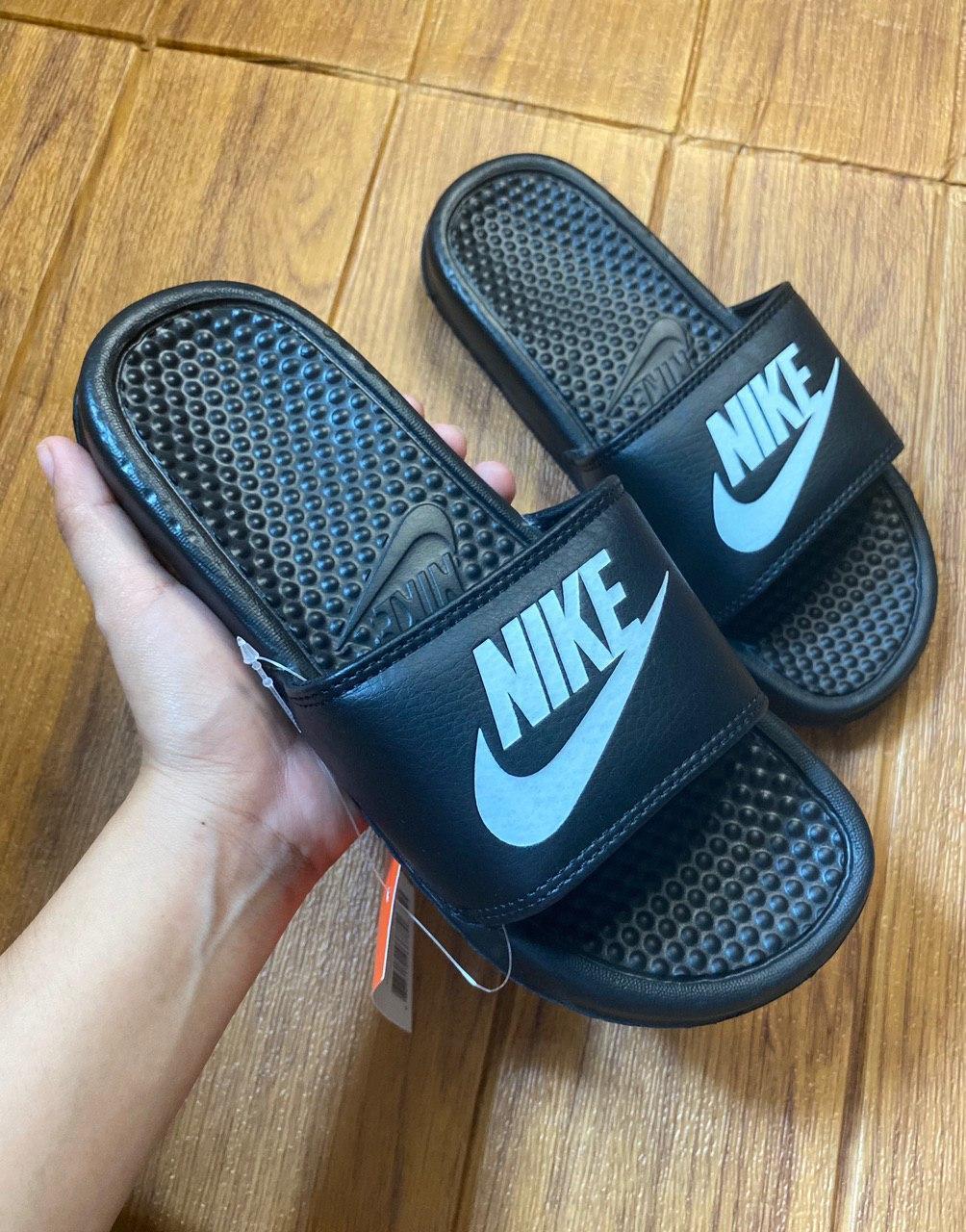 carbón La cabra Billy Víspera  Nike Benassi Slides Women Size: Buy sell online Slides with cheap price |  Lazada PH