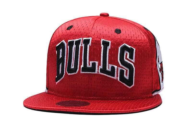 ce2af2622 COD NBA CHICAGO BULLS snapback cap unisex high quality fashion adjustable
