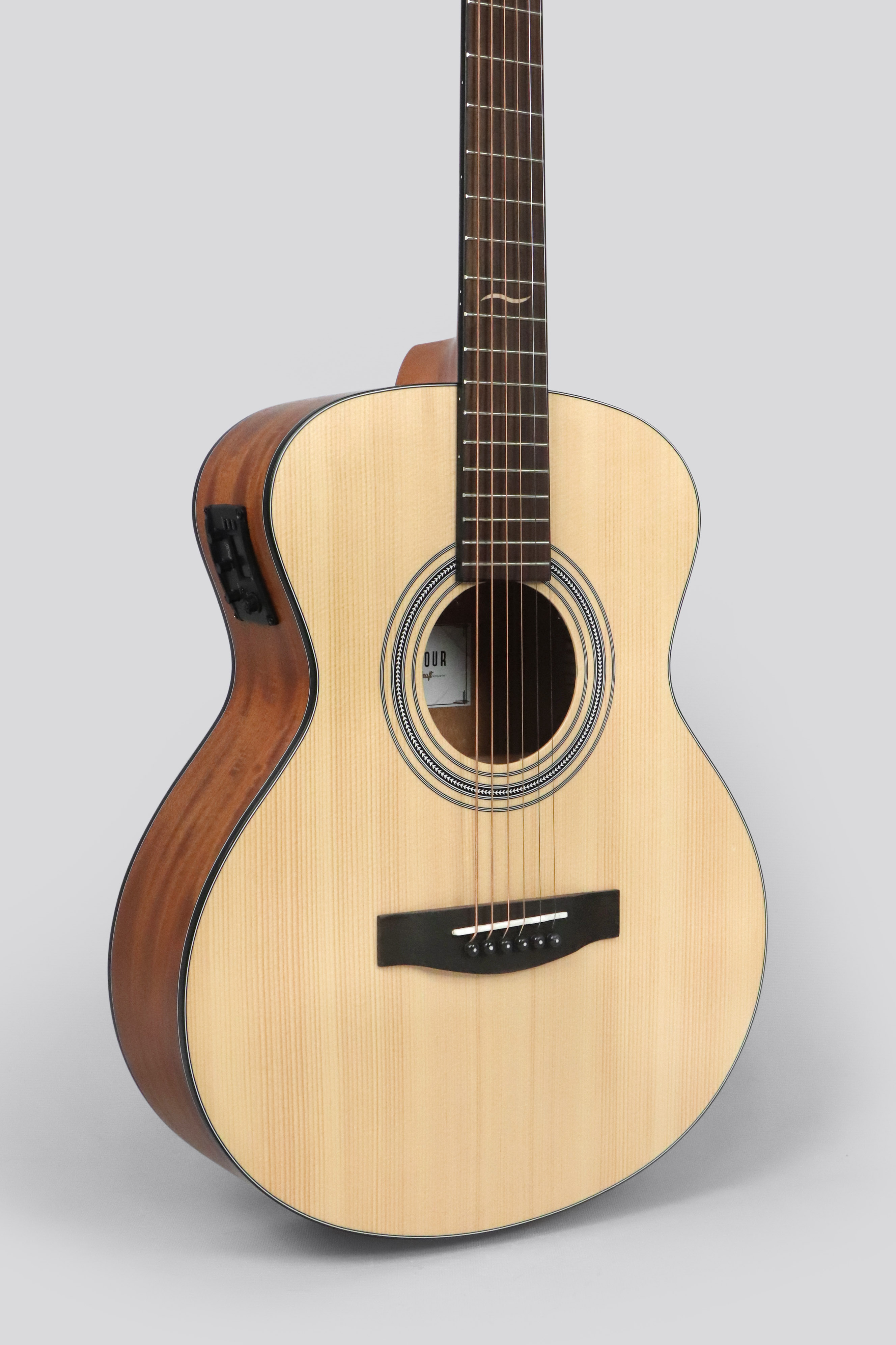 Jcraft Troubadour Ts 216 Solid Top Grand Symphony Acoustic Guitar With Free Gigbag Lazada Ph