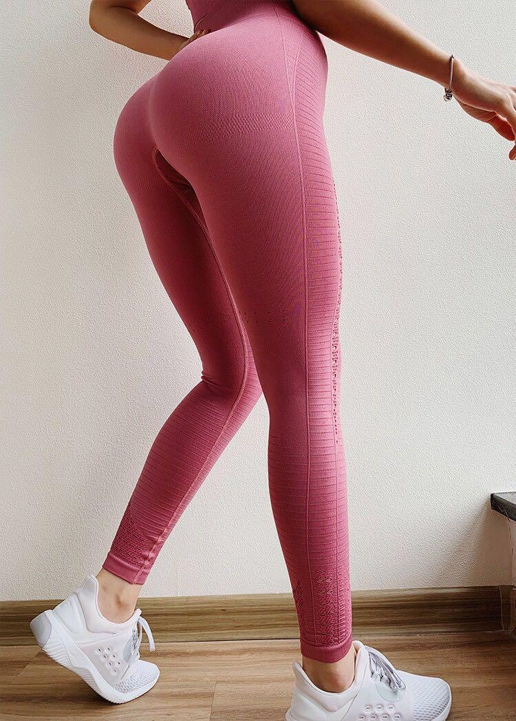 327bf7dfaf6b1 Specifications of Hot满分Selling Europe & America Fashion Women's Sports Yoga  Pants Gym Shark Peach Hip Leggings Fitness Elaatic Gym Clothes Yoga Leggings  ...