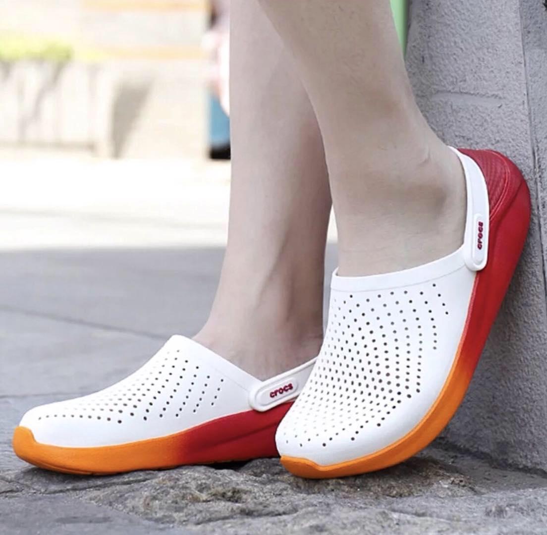 Crocs LiteRide Clogs white/orange with